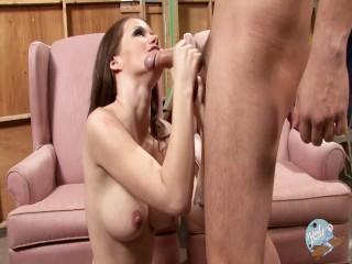 Raven Alexis Craves To Blow And Gets Face Banged