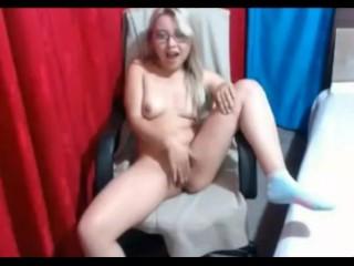 18yo Teen Peeing And Sextoy Gagging