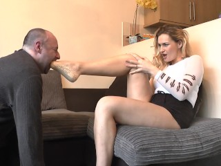 PREVIEW: Ankle Socks Gagging