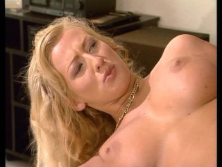 Arousing Blonde Face Smashed With Sperm
