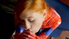 The Wonderful Spider-girl Takes Face Destroyed